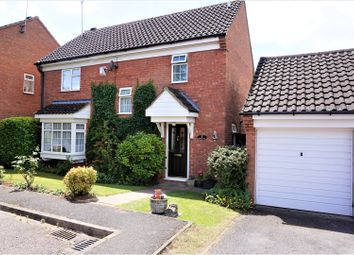 Thumbnail 4 bed detached house for sale in Cromer Way, Luton