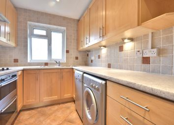 2 bed flat to rent in Carlton Court, Marsh Road, Pinner, Middlesex HA5