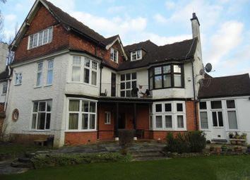 Thumbnail 3 bed flat to rent in Pampisford Road, South Croydon