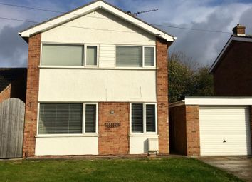 Thumbnail 3 bed detached house to rent in Clyfton Crescent, Immingham