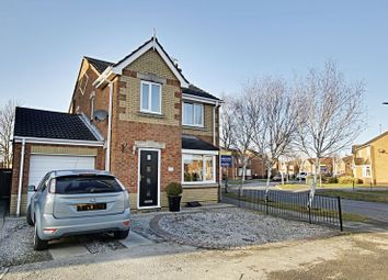 Thumbnail 3 bedroom detached house for sale in Lindengate Avenue, Hull