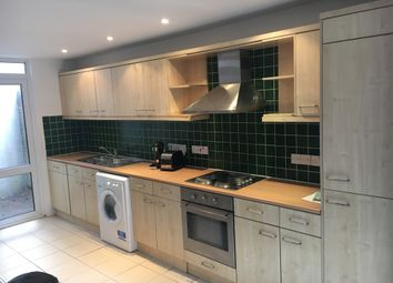 Thumbnail 5 bed town house to rent in Tabley Road, Islington, North London