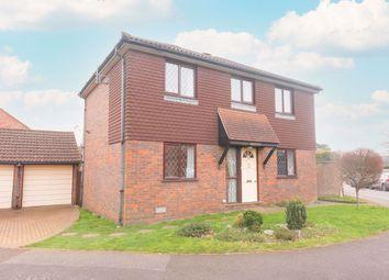 4 bed property to rent in Tamar Way, Wokingham RG41