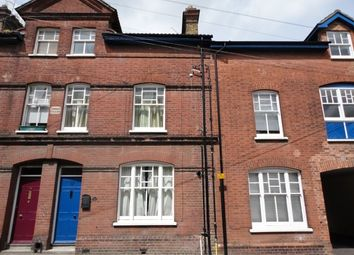 Thumbnail Studio to rent in Crow Lane, Rochester