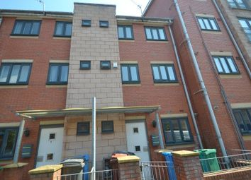 4 bed terraced house to rent in New Welcome Street, Hulme, Manchester M15