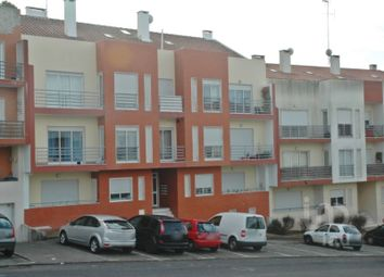 Thumbnail 3 bed apartment for sale in S.P., Santiago, S.M. Castelo E S.Miguel, Matacães, Torres Vedras, Lisboa