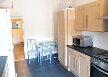 Room to rent in Far Gosford Street, Coventry CV1