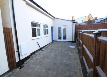 Thumbnail 2 bedroom bungalow to rent in Hollycroft, Hinckley