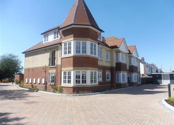 Thumbnail 2 bed flat to rent in Hambledon Road, Waterlooville