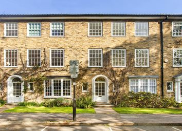 Thumbnail 4 bed terraced house for sale in Alwyne Square, London