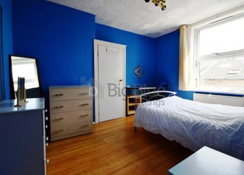 Thumbnail 2 bedroom terraced house to rent in 30 Kelsall Terrace, Hyde Park, Two Bed, Leeds