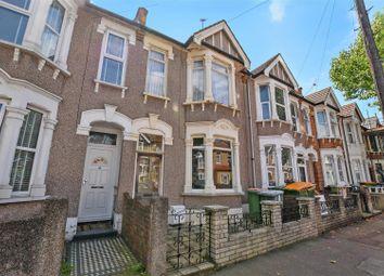 3 bed property for sale in Lichfield Road, London E6