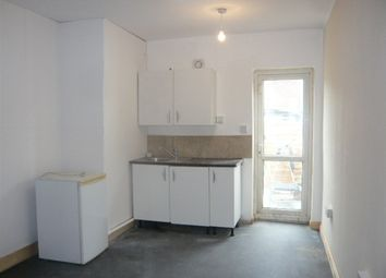 Thumbnail Studio to rent in High Street, Feltham