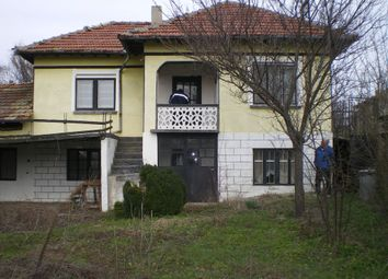 Thumbnail 3 bedroom country house for sale in Ref.Number-Kr243, House Just 500 Meters From River, Nice And Quiet Area ., Bulgaria