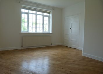 Thumbnail 3 bed flat to rent in Perry Vale, Forest Hill