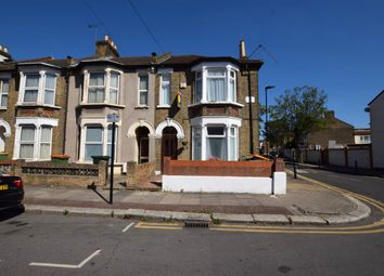 Thumbnail 2 bed property to rent in Caistor Park Road, Stratford