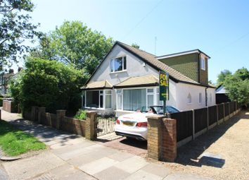 Thumbnail 4 bed property for sale in Kingswood Chase, Leigh-On-Sea