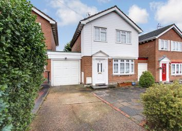 Thumbnail 3 bed link-detached house for sale in Albert Road, Rayleigh, Essex