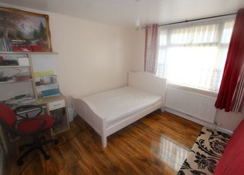 Thumbnail Room to rent in Fraser Road, London