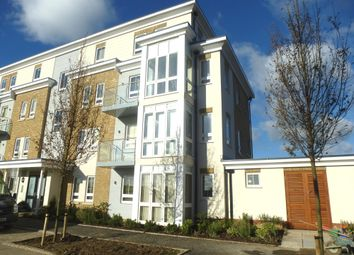 Thumbnail 2 bed flat to rent in Kingfisher Drive, Maidenhead