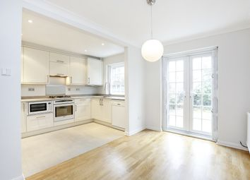 Thumbnail 4 bed town house to rent in Pine Grove, London