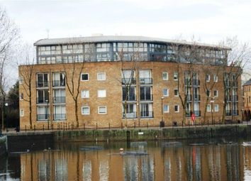 Thumbnail 2 bed flat to rent in Lockkeepers Hieghts, Surrey Quays