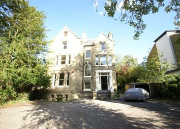 Thumbnail 2 bed flat to rent in Bishopswood Road, Highgate