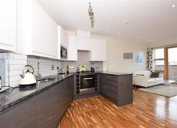 2 bed flat for sale in High Street, Whitstable, Kent CT5
