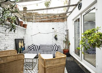 3 bed property for sale in Tranby Mews, Clapton, London E9