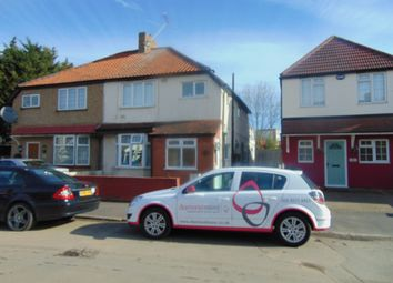Thumbnail 1 bed flat to rent in Walnut Tree Road, Hounslow
