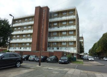 Thumbnail 2 bed flat to rent in Cumberland Road, London