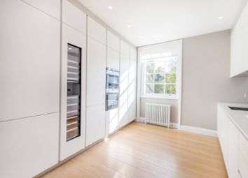2 bed maisonette to rent in Thornhill Crescent, Barnsbury, London N1