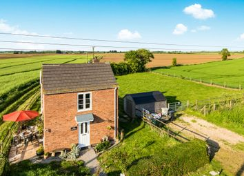 Thumbnail 2 bed cottage for sale in Haven Bank, New York, Lincoln