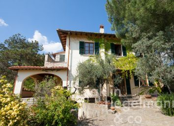 Thumbnail 8 bed villa for sale in Italy, Tuscany, Arezzo.