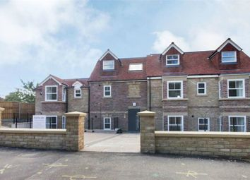 Thumbnail 1 bed flat to rent in 191 Whitehall Road, Woddford Green, Essex