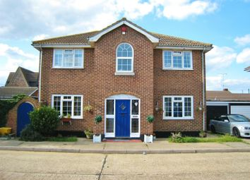 Thumbnail 4 bed detached house to rent in Whiteways, Canvey Island