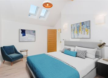 Willow Vale, London W12. 3 bed terraced house