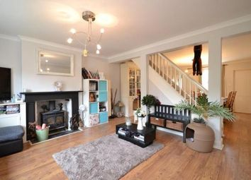 Thumbnail 4 bed town house to rent in Victoria Road, Cowes