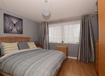 Thumbnail 2 bed maisonette for sale in Basinghall Gardens, Sutton, Surrey