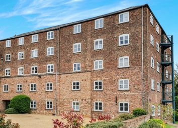 Thumbnail 1 bedroom flat for sale in Old Market, Wisbech