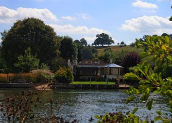 Thumbnail 3 bed property to rent in Spade Oak Reach, Cookham, Maidenhead