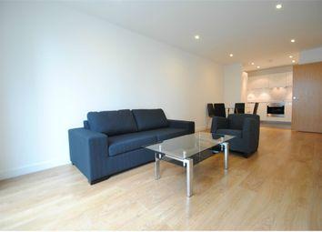 Thumbnail 2 bedroom flat to rent in 3 Saffron Central Square, Croydon, Surrey