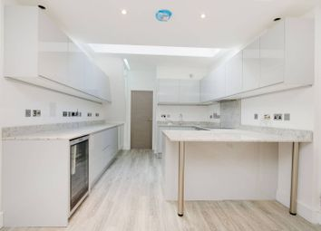Thumbnail 4 bed flat for sale in Porchester Square, Queensway