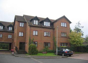 Thumbnail 2 bedroom flat to rent in Sadlers Court, Winnersh, Wokingham