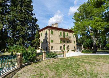Thumbnail 7 bed villa for sale in Montecassiano, Montecassiano, Macerata, Marche, Italy