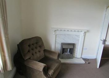Thumbnail 3 bed flat to rent in Wakefield Road, Moldgreen, Huddersfield
