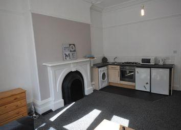 Thumbnail 1 bedroom flat to rent in Blenheim Terrace, University, Leeds