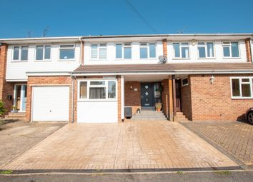 Mead Close, Marlow SL7. 3 bed terraced house