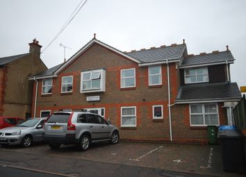 Thumbnail 2 bed flat to rent in Belmont Road, Nash Mills, Hemel Hempstead
