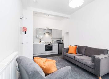 Thumbnail 1 bed flat to rent in Laurel Street, Thornwood, Glasgow